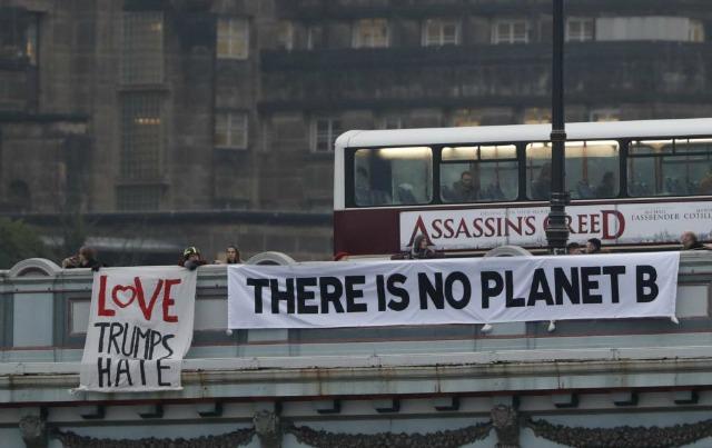 A banner drop in Edinburgh, Scotland. (Photo: Reuters)